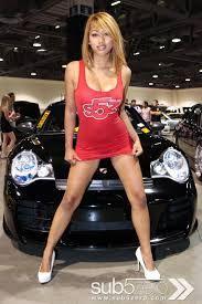 Afbeeldingsresultaat voor motorshow girls