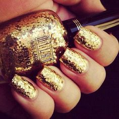 See more Shinning and golden nail polish inspirations