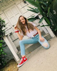 Red Converse Outfit, Red Chucks, Trendy Outfits, Summer Outfits, Girl Outfits, Cute Outfits, Cute Young Girl, Cute Girls, Jayden Bartels