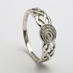 Ladies Celtic Diamond Spiral Ring (C-798) - Celtic Rings