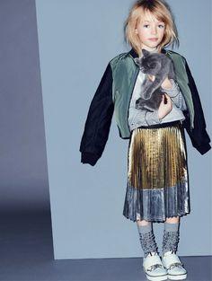 Pour ou contre les mini modèles de 8 ans habillées comme des filles de 16 ans ? (photo N°21)