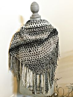 day one.. fringed triangle shawl in stormy grey! details on etsy, shop link in bio!