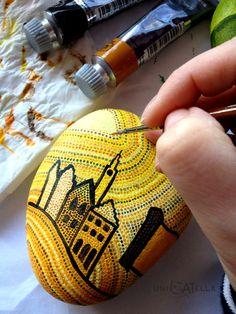 painted stone by Unicatella