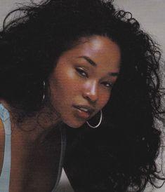 Leila Amia — million-dollar-goals: soeffingxtraordinary: . Black Is Beautiful, Pretty Black Girls, Pretty Woman, Pretty People, Beautiful People, Curly Hair Styles, Natural Hair Styles, Brown Skin Girls, Black Girl Aesthetic