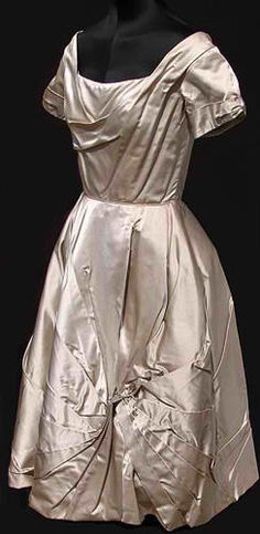 Vintage Fashion Guild : Fashion Timeline : 1950 To 1960