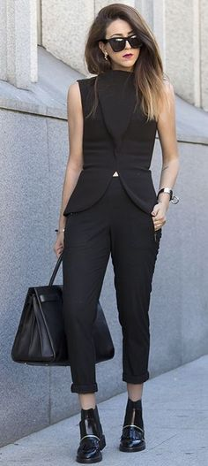 Total Black Streetstyle Fall Inspo by Scent Of Obsession