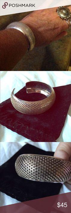 Sterling weave cuff Beautiful silver weave pattern cuff marked 925 slightly adjustable 7 or 8 Jewelry Bracelets