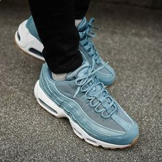 reputable site 3f355 03fd0 Sneakers women - Nike Air Max 95 Premium Sneakers Mode, Vita Sneakers,  Modeskor,