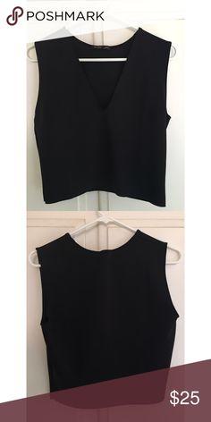 Zara crop top Never worn and in perfect condition Zara Tops Crop Tops