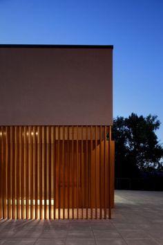 Centro Parroquial Ballyroan / Box Architecture