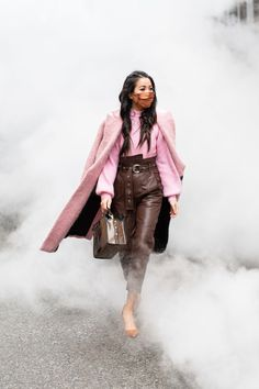 Pink Smoke - Wendy's Lookbook Blank Denim, Wendy's Lookbook, Pink Smoke, Pink Suit, Rose Sweater, Body Shapes, Winter Outfits, Fashion Beauty, Winter Jackets
