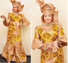 Tissu africain brodé bazin riche. Cette tenue est livré avec un enveloppement de la tête. Nous suggérons que vous nous laissez vos mesures pour obtenir un meilleur ajustement. Mais si vous êtes en quelque sorte incapable de faire vos propres mesures, alors s'il vous plaît choisir une