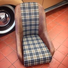 #retro #bucketseat in #distressed #aniline #leather #hide with @osborneandlittle pure #wool #check #fabric for #vw #volkswagen #type1 #beetle #bug #retrim #autoupholstery #upholstery (at Bernard Newbury Auto Interiors)