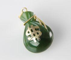 Vintage carved green Jade Money Bag pendant Charm dollar sign #jade #pendant #money #dollar #vintage