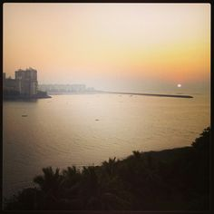 #narimanpoint #mumbai #sunset #horizon #sea #bliss #sun #dusk #colours