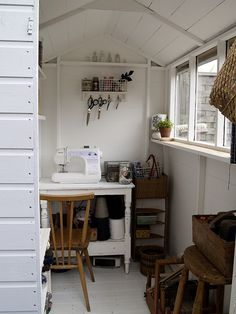 look at this beautiful craft room. look at this beautiful craft room. My Sewing Room, Room, Home, Space Crafts, Room Inspiration, House Interior, Craft Room Organization, Sewing Room Inspiration, Craft Shed