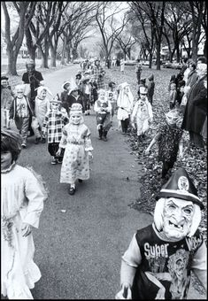 1950s Trick or Treating - A Nostalgic Halloween