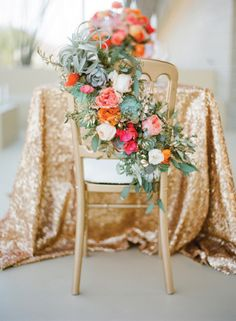 Gold sparkles and bright flowers: http://www.stylemepretty.com/2012/12/10/joshua-tree-elopement-part-ii-from-jose-villa-photography-kristeen-labrot-events/ | Photography: Jose Villa - http://josevilla.com/