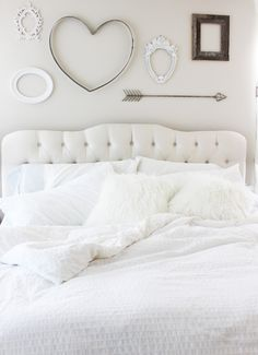 I shared last week ( here ) the inspiration for our master bedroom so I'm excited to give you a glimpse at the room with those pieces i...