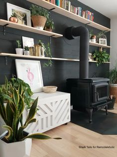 This plywood storage box is easy to build from just ONE sheet of plywood and it's perfect for storing firewood, board games, blankets and pillows, or decor. Toy Storage Bins, Storage Boxes With Lids, Storage Spaces, Plywood Storage, Plywood Boxes, Firewood Storage, Decor Interior Design, Diy Furniture, Diys