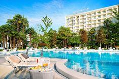 Grand Hotel Trieste & Victoria, hotel 5 stelle lusso ad Abano Terme, dotato di Spa e circondato da parco e piscine termali: prenota sul sito alle migliori tariffe! Italy Vacation, Italy Travel, Paris Travel, Trieste, Grand Hotel, Amalfi Coast, Thailand Travel, Phuket, Where To Go