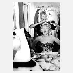 Marilyn in the dressing room. #retrobeauty