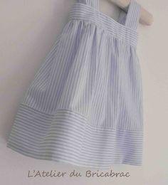 Robe printanière et son tuto – L'Atelier du Bricabrac Baby Couture, Couture Sewing, Pop Couture, Sewing Clothes, Diy Clothes, Little Girl Dresses, Girls Dresses, Sewing For Kids, Spring Dresses