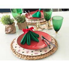 Ja cheguei de viagem animada com as mesas natalinas!  #natalmesahits_arvore #lardocecasa #natallardocecasa #lardocemesa #mesadenatal #mood #lookdamesa