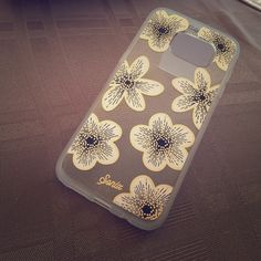 Sonix Samsung Galaxy S7 edge phone case  NWOT Sonix Samsung Galaxy S7 Edge phone case . Transparent floral gold case .. Bendy plastic material. Sonix Accessories Phone Cases