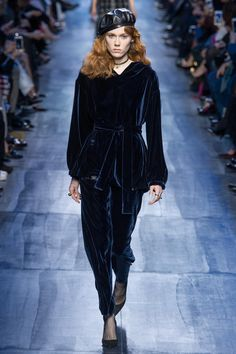 Défilé Dior prêt-à-porter femme automne-hiver 2017-2018 60