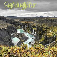 Travel Guide Iceland: photos and information to plan your visit to the off the beaten track Sigöldugljúfur canyon where waterfalls flow all along the cliff