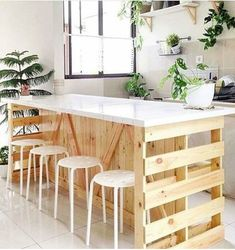 Diy pallet furniture - Awesome DIY Kitchen Pallet Ideas For a RusticStyle Kitchen Look – Diy pallet furniture Diy Kitchen Island, Pallet Decor, Kitchen Furniture, Kitchen Plans, Kitchen Decor, Pallet Kitchen Island, Diy Pallet Furniture, Diy Kitchen, Kitchen Design