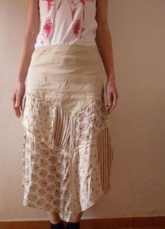 Kupuj mé předměty na #vinted http://www.vinted.cz/damske-obleceni/sukne-ostatni/8480482-extravagantni-jemna-kolazovita-sukne-asymetrickeho-strihu