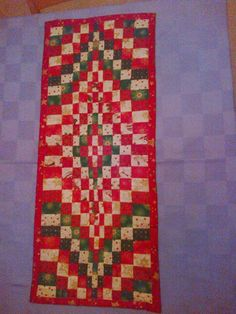 Xmas bargello table runner