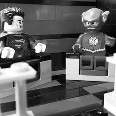 Listening to some great stories from my friend. #friends #downtime #saturday #theflash #superman #justiceleague #legosuperheroes #legophotography #legominifigures #lego #legogram #legomania #legostagram #dccomics #dc #brick #brickcentral #toy #toystagram #toyphotography by biginsmallville