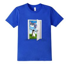 Who among us doesn't know Tome and Jerry?! iT-Shirts Tom looking for Jerry Short-Sleeve T-Shirt features Tom chasing Jerry right to the Land of the Windmills, Holland! but comes back looking for him through a time-travel-like door! Is Jerry there around you somewhere? . Our iT-Shirts are 100% Cotton, Machine Washable, Come In Different Sizes For All Age Groups, And Are Suitable For Both Genders.