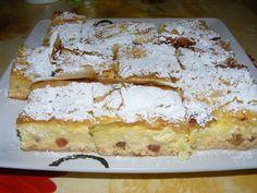 Romania Food, Strudel, Dessert Recipes, Desserts, Something Sweet, Vanilla Cake, Banana Bread, Waffles, Bakery