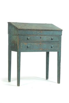 Founded in Garth's is the oldest premier auction house for furniture, antiques and fine art in the Midwest. Primitive Bedroom, Primitive Homes, Primitive Furniture, Primitive Antiques, Recycled Furniture, Industrial Furniture, Vintage Furniture, Cool Furniture, Painted Furniture