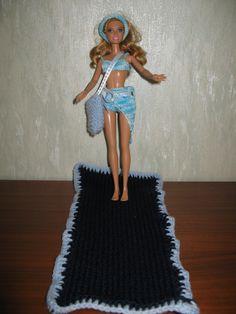 Barbie à la plage, maillot de bain, serviette de plage, sac, paréo : Jeux, jouets par la-boutique-des-poupees