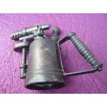 Antiguo Sacapuntas En Miniatura - Réplica Soldadora