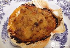 Vieiras a la gallega.I use bacon in mine.I'm way overdue to make these Fish Recipes, Seafood Recipes, Mexican Food Recipes, Spanish Tapas, Spanish Food, Spanish Recipes, Coquille St Jacques, Latin Food, Slow Food