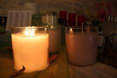 voilà un pot Glolithe d'allumer. Pots, Candles, Candy, Candle Sticks, Cookware, Jars, Flower Planters, Candle