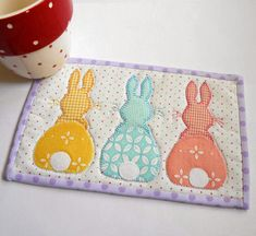 Free&Easy Mug Rug Patterns | Bunny Hop Mug Rug - Three Designs in One Pattern