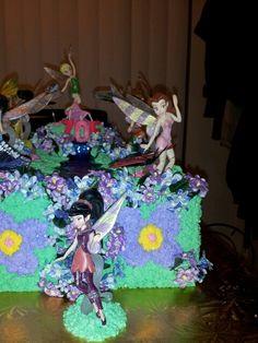 Front shot of Zoe's cake
