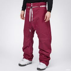 Shell pants by Colour Wear with a wind and water  repellent exterior.