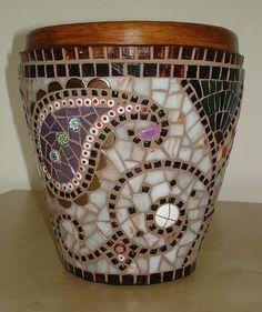 Muni's Mosaics   Pots