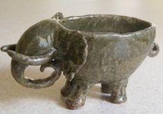 Pix For > Elephant Pinch Pot
