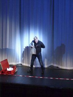 Marco Vratogna (Rigoletto).