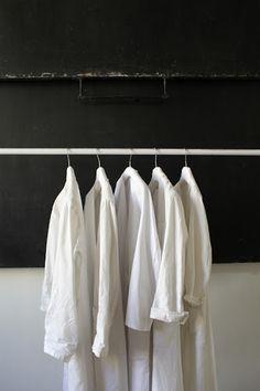 NetB - Bleu.Colette Shades Of White, Black And White, White Style, Giorgio Armani, Minimalist Closet, Maison Martin Margiela, All Black Everything, Retail Design, Wardrobe Rack
