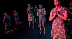 """CIA FRAGMENTO DE DANÇA DE SP HOJE NO FESTIVAL DE DANÇA DE LONDRINA  Os corpos sobre o palco estão atravessados pela angústia do convívio social e pela difícil aceitação de sua impermanência. Esta atmosfera envolve """"Porque Somos Mutantes"""", da Cia Fragmento de Dança, atração desta quinta-feira (6 de outubro), no 14º Festival de Dança de Londrina. A companhia paulistana vai se apresentar às 20h30, no Circo Funcart.  http://almanaquelondrina.com.br/hoje-no-festival-de-danca-…/"""